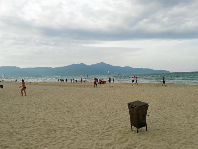※ミーケビーチの砂浜は、ゴミもなくきれい。さすがリゾート!