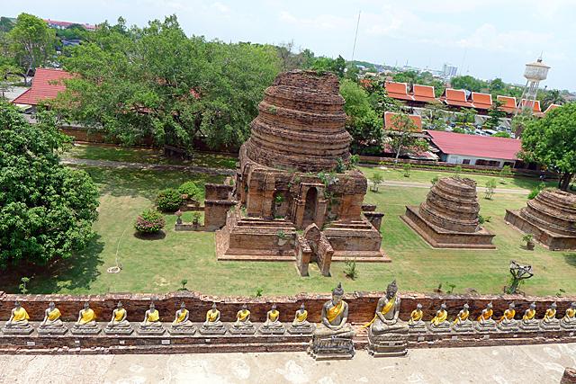 座仏像(僧侶)