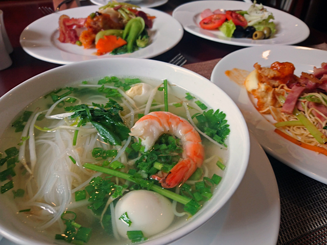 I have breakfast at a Catina Saigon Hotel.