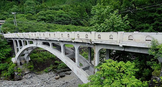 コンクリートアーチ橋構造