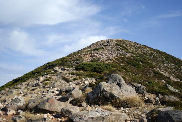 ここを登り切るとあと一歩という感じです。