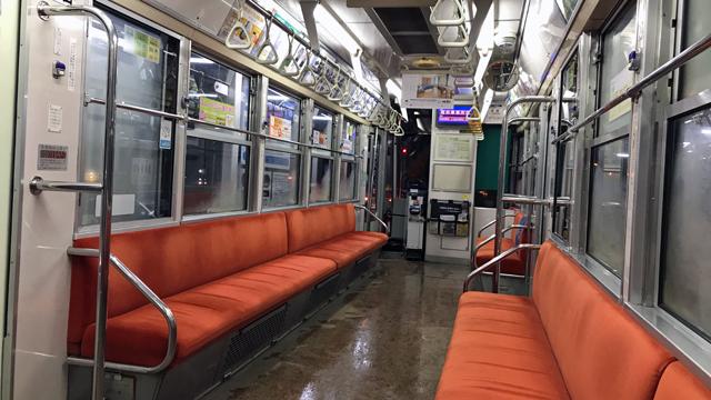 札幌市電、内回り環状線ロープウェイ駅を過ぎると車内は・・・